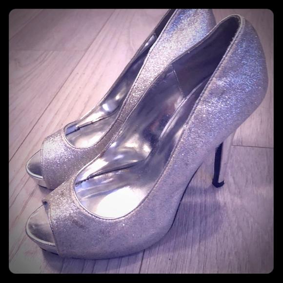 Le château shoes